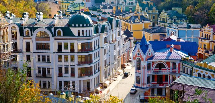 Воздвиженка в Києві - казка посеред міста