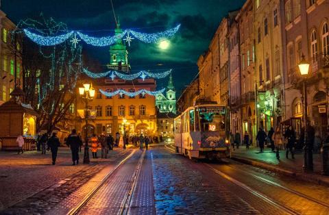 Коли і де орендувати квартиру у Львові на новорічні свята?