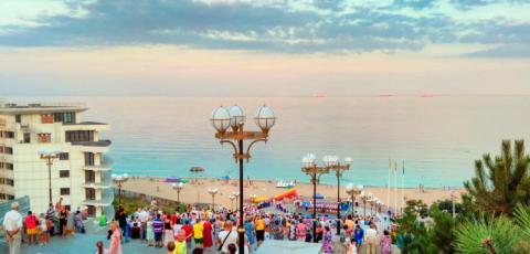 Отдых в Черноморском - все что нужно знать о курорте